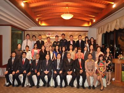 สมาคมวัฒนธรรมและเศรษฐกิจไทย-จีน และ ชมรมศิษย์เก่ามหาวิทยาลัยหัวเฉียวประจำประเทศไทย ร่วมกันจัดงานเลี้ยงรับรอง MR.QIU JIN อธิการบดีมหาวิทยาลัยหัวเฉียว เมืองเซียะเหมิน สาธารณรัฐประชาชนจีน และคณะ