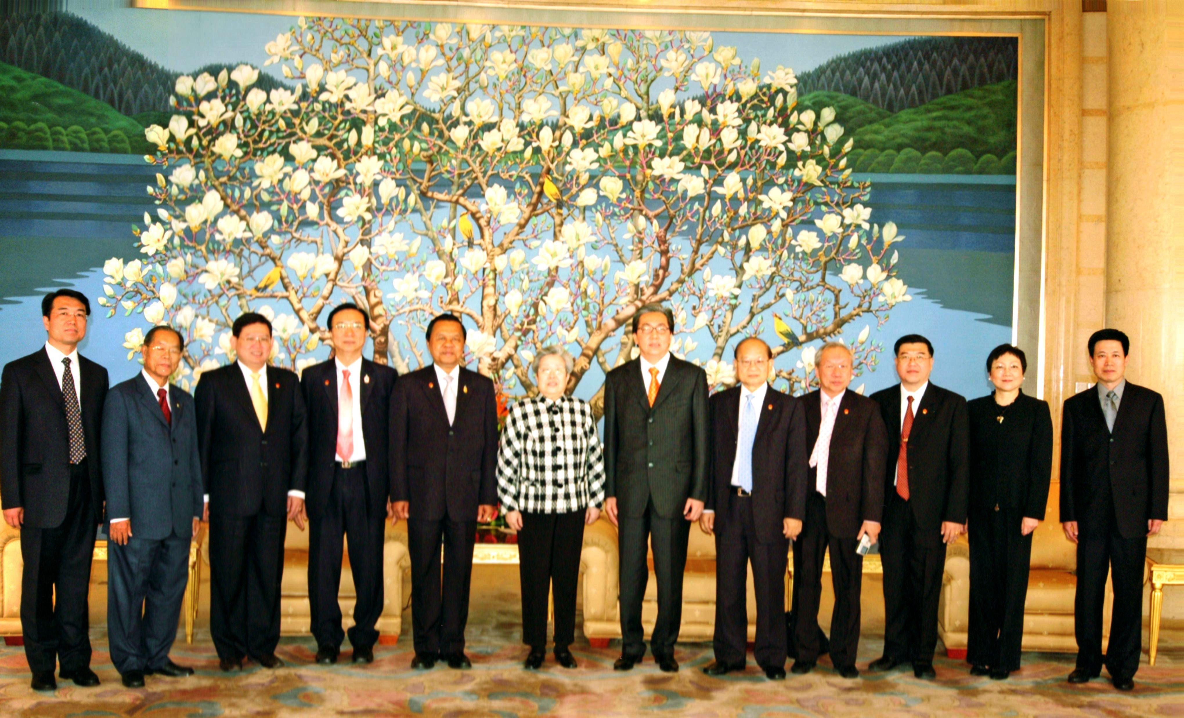ฯพณฯ สมคิด จาตุศรีพิทักษ์ นายกสมาคมวัฒนธรรมและเศรษฐกิจไทย-จีน