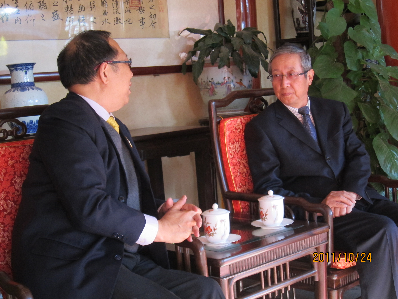 นายไพศาล พืชมงคล เลขาธิการสมาคมฯ  เยี่ยมคารวะและแลกเปลี่ยนความคิดเห็นกับท่าน Lu Shu Min
